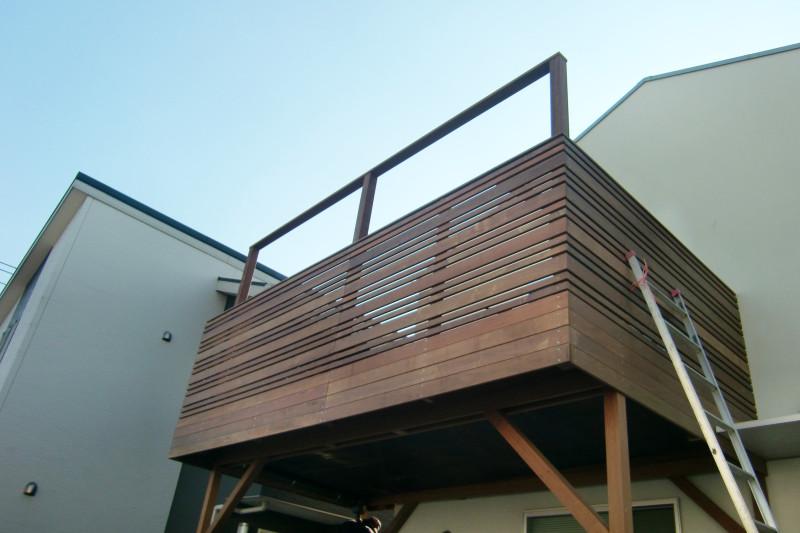 オリジナルフェンスのウッドデッキ